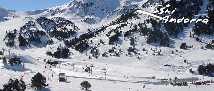 In recent years the resorts have all joined together so that your ski pass covers neighbouring areas.